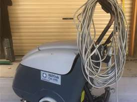 Nilfisk Electric Scrubber CA410  - picture1' - Click to enlarge
