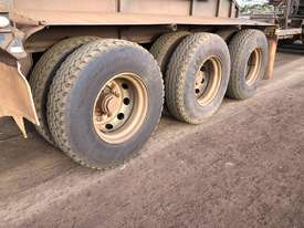 Kenworth C510 Prime Mover Road Train Set - picture13' - Click to enlarge