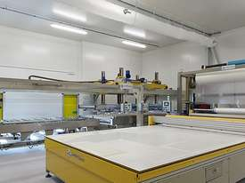 Keraglass DELUX Laminating Line - picture3' - Click to enlarge