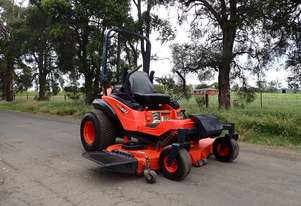Kubota ZD331 Zero Turn Lawn Equipment