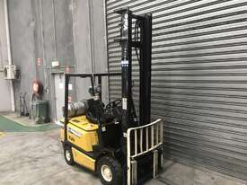 Yale GLP18AF LPG / Petrol Counterbalance Forklift - picture1' - Click to enlarge