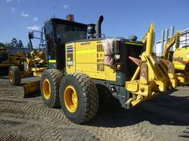 Komatsu GD655-5 Artic Grader Grader - picture3' - Click to enlarge