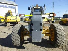 Komatsu GD655-5 Artic Grader Grader - picture7' - Click to enlarge