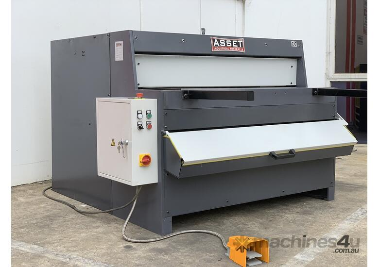 1300mm x 4mm Euro Power Guillotine with Front Scrap Chute - Volt