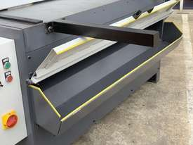 1300mm x 4mm Euro Power Guillotine with Front Scrap Chute - Volt - picture11' - Click to enlarge