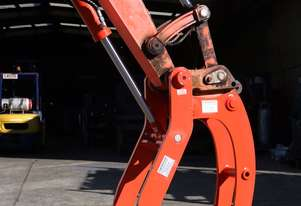 Kubota U55-5 Hitch Pivot Thumb
