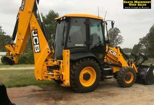Jcb   3CX Backhoe,