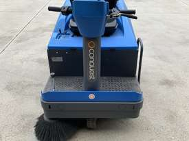 Ride on Electric Sweeper - picture0' - Click to enlarge