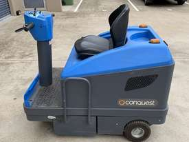 Ride on Electric Sweeper - picture2' - Click to enlarge