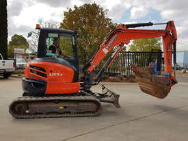 USED KUBOTA U55-4 EXCAVATOR WITH FULL CABIN, HITCH, BUCKETS AND 3125 HOURS - picture0' - Click to enlarge
