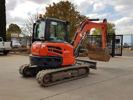 USED KUBOTA U55-4 EXCAVATOR WITH FULL CABIN, HITCH, BUCKETS AND 3125 HOURS - picture2' - Click to enlarge