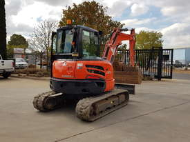 USED KUBOTA U55-4 EXCAVATOR WITH FULL CABIN, HITCH, BUCKETS AND 3125 HOURS - picture4' - Click to enlarge