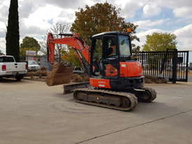 USED KUBOTA U55-4 EXCAVATOR WITH FULL CABIN, HITCH, BUCKETS AND 3125 HOURS - picture8' - Click to enlarge