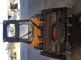 Used A/C Cab, T-Bar Steering, 4 in 1 Bucket Mustang 2044 Skid Steer - picture5' - Click to enlarge