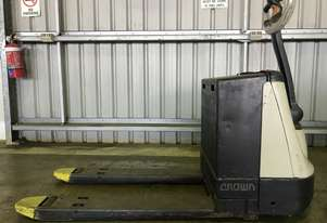 Electric Forklift Walkie Pallet WP Series 2010 Warranty and Crown Services included