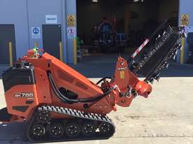 Ditch Witch Tracked Trencher - picture0' - Click to enlarge