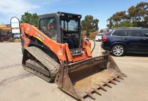 2017 KUBOTA SVL95 TRACK LOADER WITH LOW 570 HOURS, FULL SPEC MACHINE, ONE OWNER