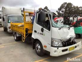 2014 Hino 300 716 - picture0' - Click to enlarge