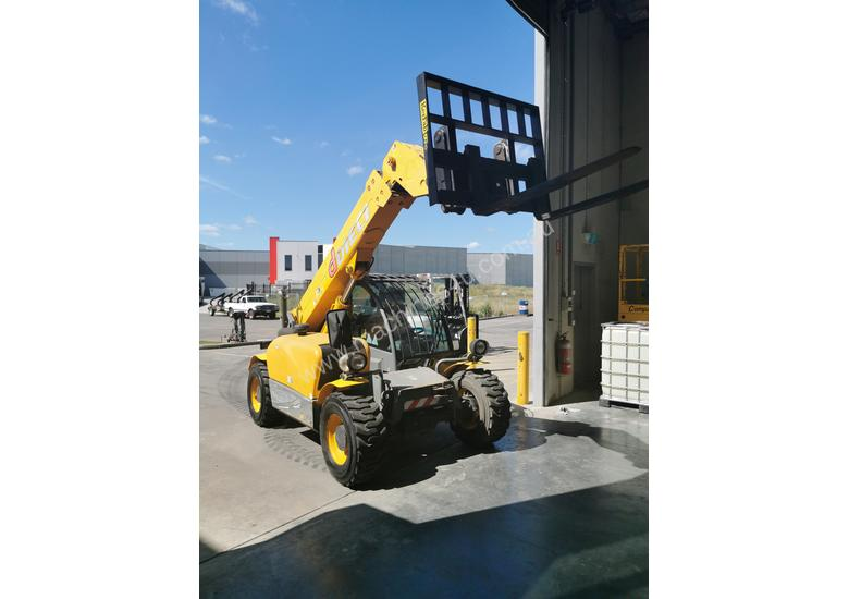 Telehandler Dieci Apollo 25.6 LOW HOURS and FULL SERVICED