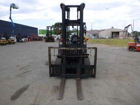 Yale GLP45MG 4 Tonne LPG Forklift  - picture1' - Click to enlarge