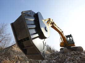MB Crusher Buckets - picture3' - Click to enlarge