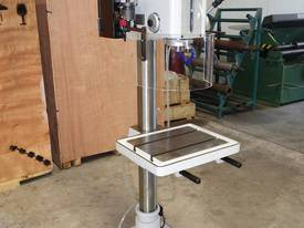 Variable Speed Pedestal Drilling Machine, 3MT - picture2' - Click to enlarge