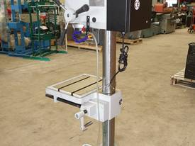 Variable Speed Pedestal Drilling Machine, 3MT - picture7' - Click to enlarge