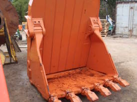 Hitachi EX400 Bottom Dump Rock Bucket - picture0' - Click to enlarge