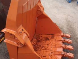 Hitachi EX400 Bottom Dump Rock Bucket - picture1' - Click to enlarge