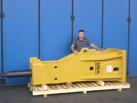 HM SERIES HYDRAULIC HAMMER 3-110 TONNE - picture6' - Click to enlarge