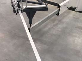 PRIMA 1600 1.6 METRE SLIDING TABLE PANEL SAW - picture3' - Click to enlarge
