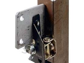 MFT17 MagTab AL Magnet 111 x 73 x 38mm 8kg Pull Force - picture2' - Click to enlarge
