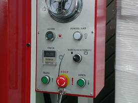 HEAVY DUTY 80T HYDRAULIC COLD PRESS 3250X1500 *AVAILABLE NOW* - picture12' - Click to enlarge