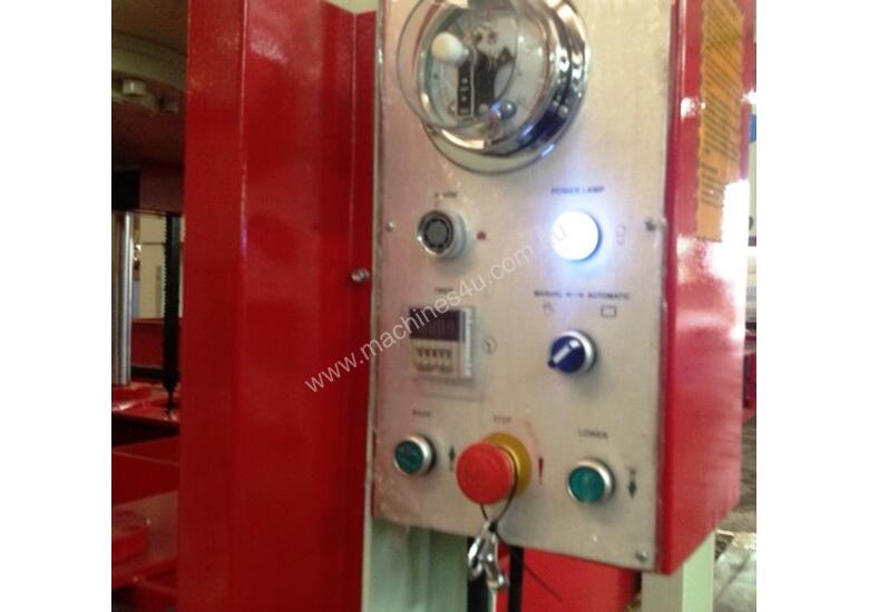 RHINO COLD PRESS 80T HYDRAULIC COLD PRESS 3000X1500