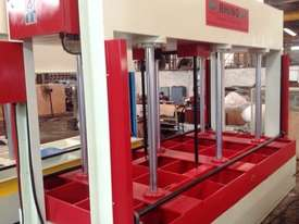 RHINO COLD PRESS 80T HYDRAULIC COLD PRESS 3250X1500 *SECURE NOW 4 PRE XMAS DELIVERY* - picture14' - Click to enlarge