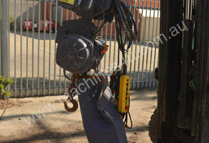 1.5 Tonne powered travel chain hoist winch lift cr
