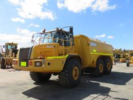 2002 USED BELL B40D ARTICULATED WATER CART