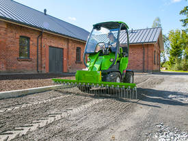 Avant Rake for Mini Loader - picture0' - Click to enlarge