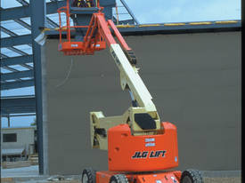 JLG E450AJ Electric Boom Lift - picture11' - Click to enlarge