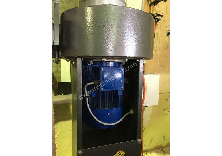 Dust Extractor cabinet makers