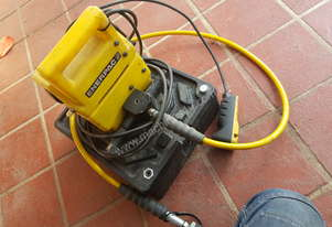 Enerpac with 10 double acting cyl
