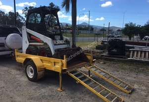 Bobcat 463 Skidsteer with Single Axle Trailer
