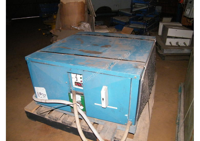Dehumidifiers with digital Controls