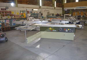 Heavy duty 3200mm panel saw with digital readout