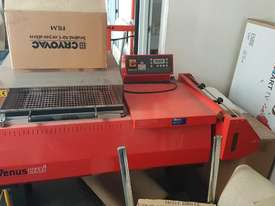 Shrink Wrap machine - picture0' - Click to enlarge