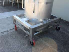 Stainless Steel Tapered Tank - picture3' - Click to enlarge