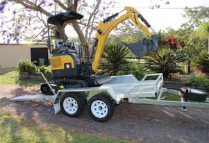 1.8t Mini Excavator 10 Piece Package Deal
