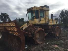2001 Bomag 671 Landfill Compactor  - picture2' - Click to enlarge