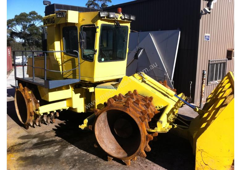 Bomag 671 Landfill Compactor