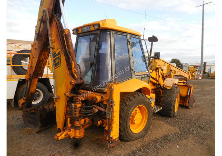 Used jcb 4CX Backhoe in , - Listed on Machines4u